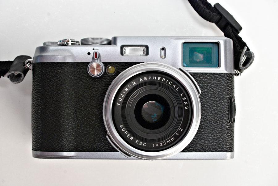 Vendo Fujifilm FinePix X100 [venduta]